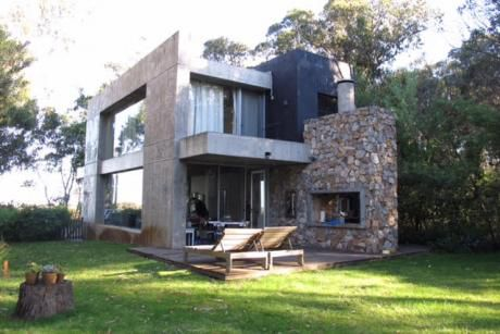 Moderna Casa En Entorno Natural Con Vista Al Mar