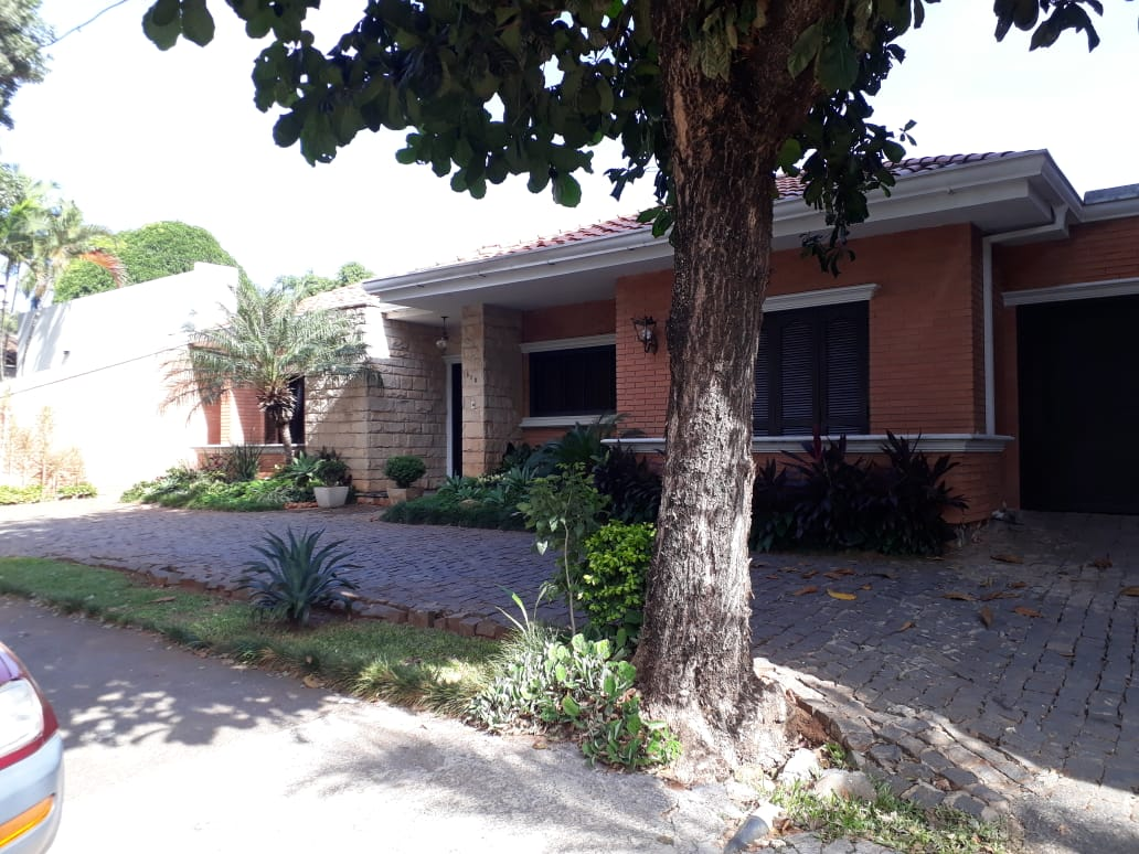 Hermosa Casa En Bo Mcal Estigarribia