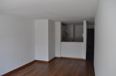 Vende Apartamento En Parque Batlle 1 Dormitorio Con Renta