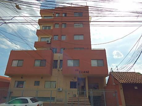 Departamento De Tres Habitaciones Amoblado En Alquiler
