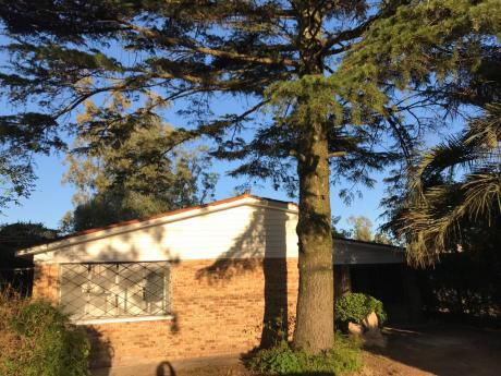 Casa En Alquiler En Solymar De 3 Dormitorios. Próximo Giannattasio