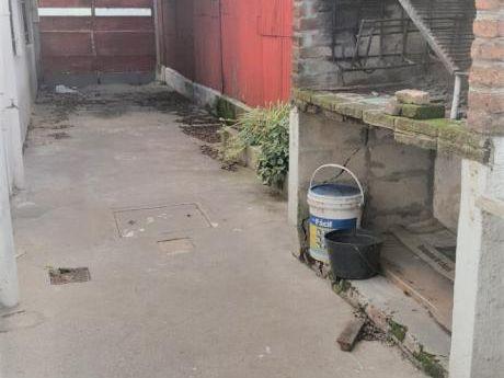 Vendo Casa Tres Dormitorios Garaje Dos Autos