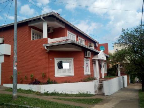 Residencia En Barrio Jara Asuncion, Zona Universidad Americana.