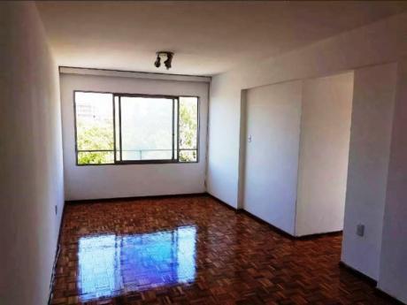 Alquiler De Apartamento 2 Dormitorios En Parque Batlle, Montevideo