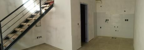 Apartamento, Duplex, 1 Dormitorio, Patio, Prado