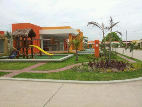 Alquilo Casa En Condominio Cerrado Zona Norte (remanso)