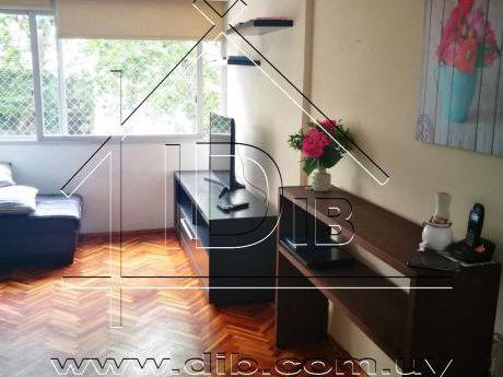 Apartamento Venta Dos Dormitorios Centro