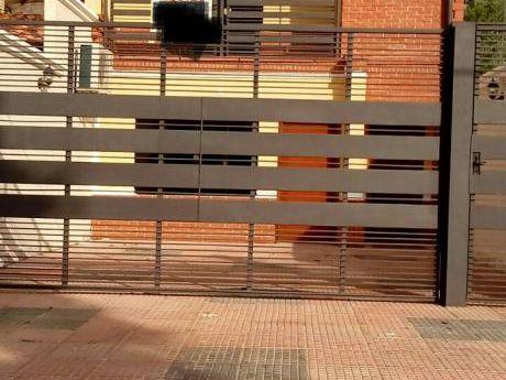 Hermoso Duplex En Fernando De La Mora Zona Norte