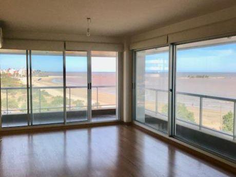 Venta Apartamento Montevideo Rambla Malvin 3 Dormitorios Garaje