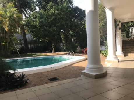 Alquilo Amplia Casa De 4 Habitaciones En Manora
