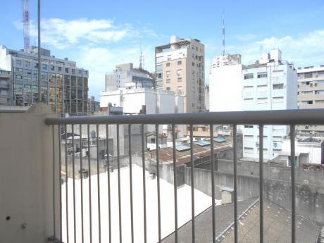 *** Vendido ***  Carlos Roxlo Y Av. 18 De Julio. Apartamento Venta