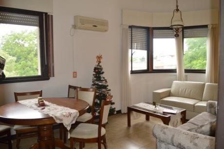 Apartamento En Excelente Ubicación Pastoriza A Una Del Parque.