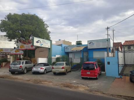 Alquilo Hermosa Casa Sobre Avd. Mcal Lopez