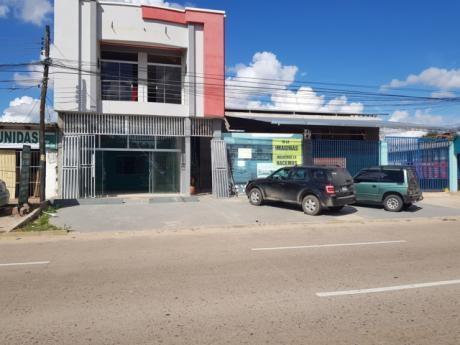 Local En Alquiler Sobre Av. Santos Dumount