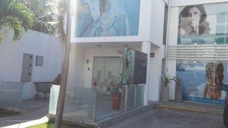 Local En Alquiler Sobre La Av. Velarde