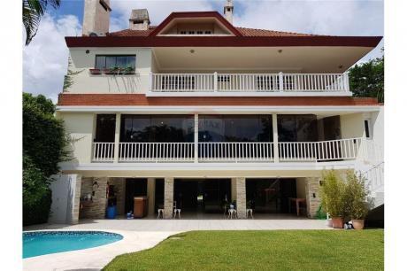Imponente Residencia Hecha Por Arq.pindú. 4 Pisos