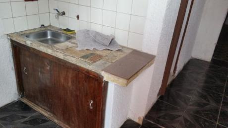 Apto A Mts De Belloni, 1 Dorm, LIV-com, Cocina Y Baño