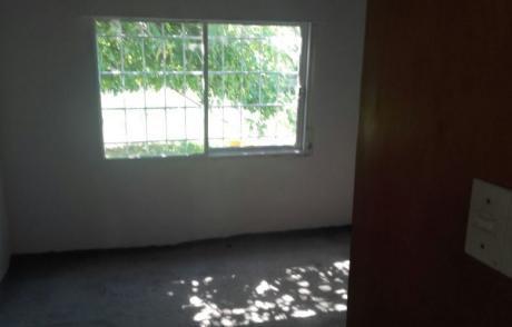 Casa En Juana Azurduy De Padilla Y Maria Manrupe