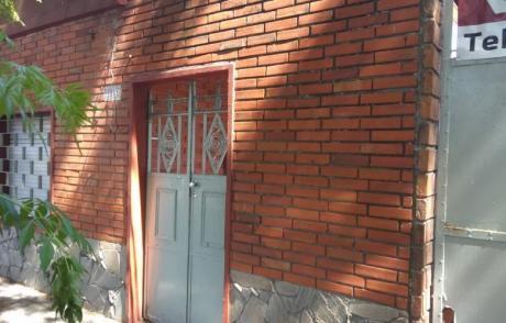 Casa En Estivao Y Miguel Martinez