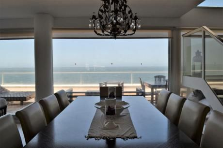 Espectacular Triplex Con Vista Al Mar.