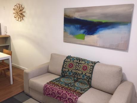Apartamento 2 Dormitorios, 1 Baño, Al Frente, Tres Cruces - Plaza