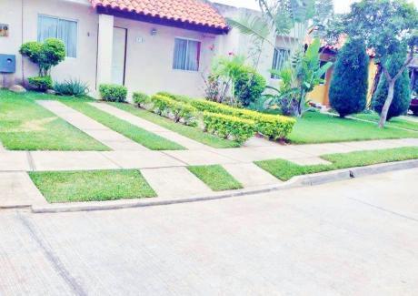 Casa En Anticretico O Venta En Condominio, Dirección Z/norte Km9