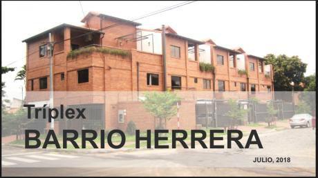 Alquilo Triplex En Barrio Herrera
