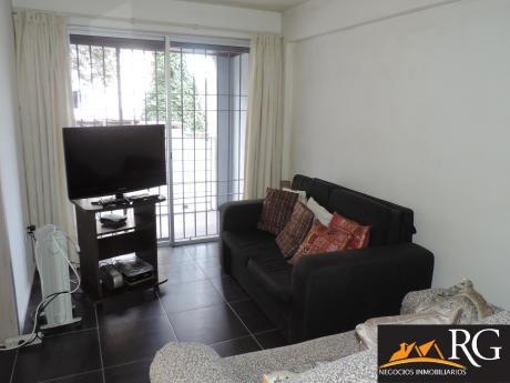 Apartamento 1 Dormitorio, Piscina, Parrillero, Terraza