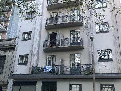 Frente A La Imm, 3 Dormitorios, Cocina, Baño Y Terraza
