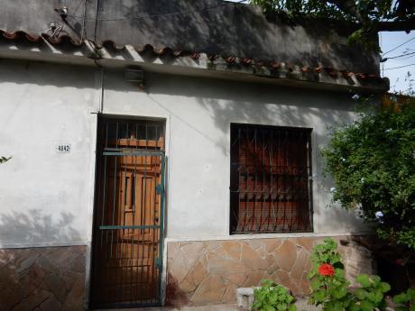 Casa Con Gran Fondo Y Cochera 3