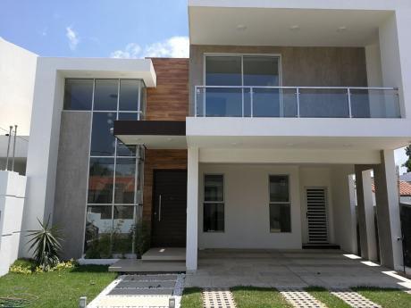 Hermosa Casa Minimalista Lista Para Estrenar