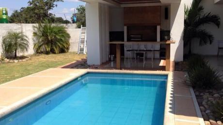 $us. 550,000.- Hermosa Casa En Venta Jardines Del Urubo