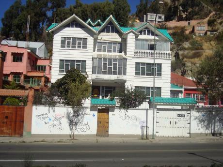 Casa A La Venta En La Paz, Ave. Costanera Bajo Seguencoma Cerca A Campo Ferial