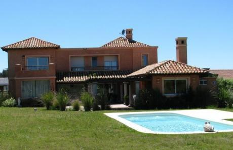 Alquiler Casa 4 Dormitorios Lomas De La Tahona