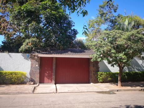 Casa En Venta En Barrio Brigida, Zona Noroeste