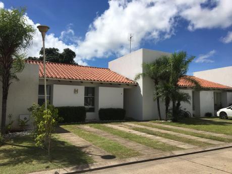 Casa En Alquiler Condominio Costa Blanca II 4to Anillo- Sirari