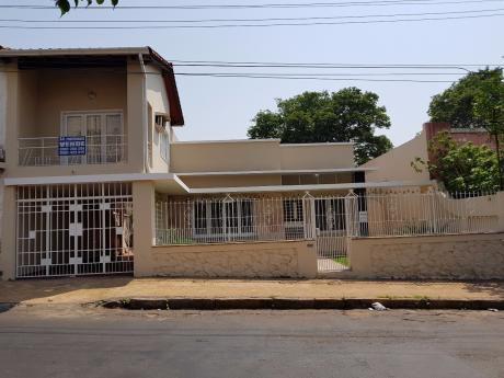 Vendo Casa Zona Centro De Asuncion, Sobre Cptan Figari