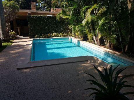 Coqueta Casa En Zona Villa Aurelia