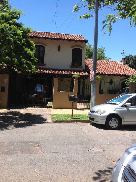 Hermosa Residencia Zona Villa Morra