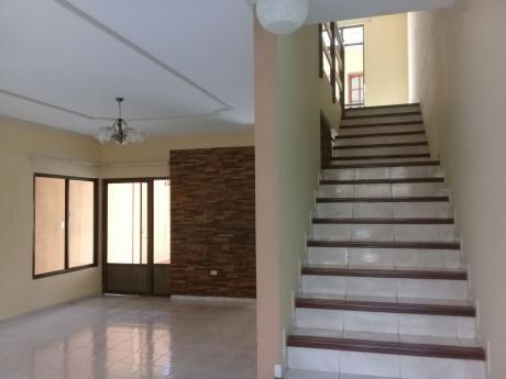 Casa En Alquiler En La Av. Banzer Entre 3er Y 4to Anillo