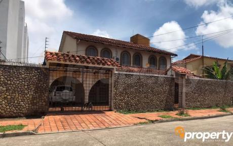 Casa En Venta – Zona Av. Santos Doumont