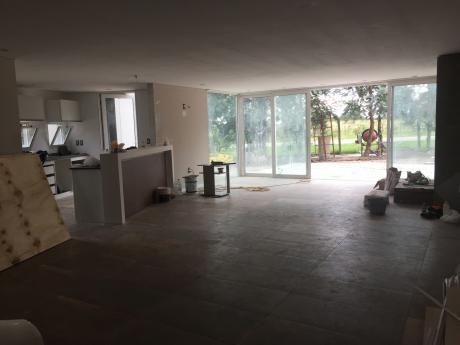 Muy Linda Casa En Olivos