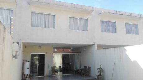 Bonita Casas De Dos Plantas