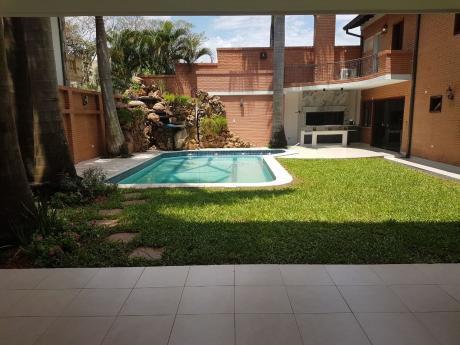 Vendo Casa En Trinidad, Zona Tierra Colorada Restó