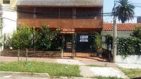 2 Casas Y1 Monoambiente En 1 Padron Buen Entorno!