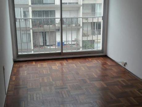 Alquiler Apartamento 2 Dormitorios Y 2 Baños En Excelente Ubicación