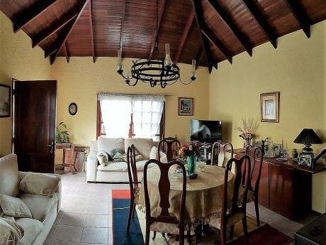 Salinas 2 Dormitorios Gran Terreno.