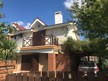 Duplex En Villa Argentina