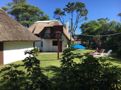 Cabaña Acrux En Playa Del Barco. Espacios Verdes.