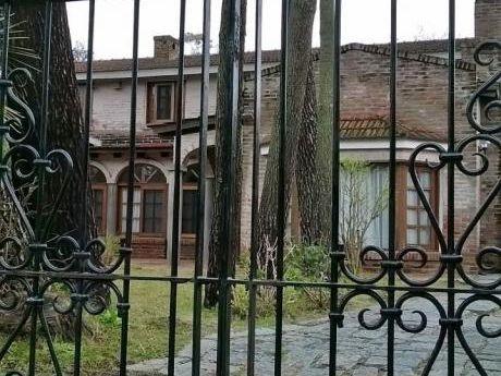 Buena Casa En Pinares, Punta Del Este.